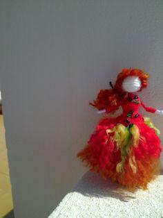 muchacha de la muñeca de amapolas por Regalosuerte en Etsy