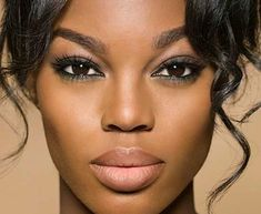I love when women do their makeup natural because it shows off their already amazing features.