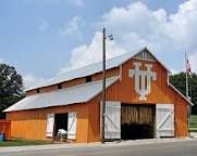 Big Orange Barn ~ With University of Tennessee Logo. Probably somewhere around Knoxville, Tennessee. It is in Orlinda Tennessee about 200 miles west of Knoxville. Tn Vols Football, Tennessee Volunteers Football, Tennessee Football, Tennessee Girls, East Tennessee, Tennessee Waltz, Ut Longhorns, Go Vols, Orange Country