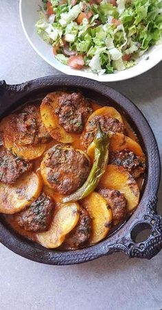 Tajine de pommes de terre et viande hachée