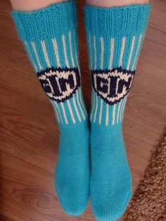 Fair Isle Knitting, Cool Socks, Knitting Projects, Mittens, Stuff To Do, Diy Crafts, Crochet, Handmade, Accessories