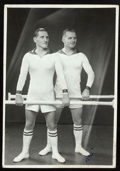 sporty twins