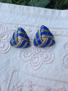 Blue enamel earrings, vintage enamel earrings, Pierced earrings, blue earrings, blue enamel earrings, vintage earrings, Blue enamel E23 by DuckCedar on Etsy