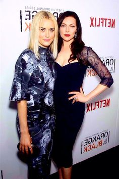 taylor schilling & laura prepon - orange is the new black
