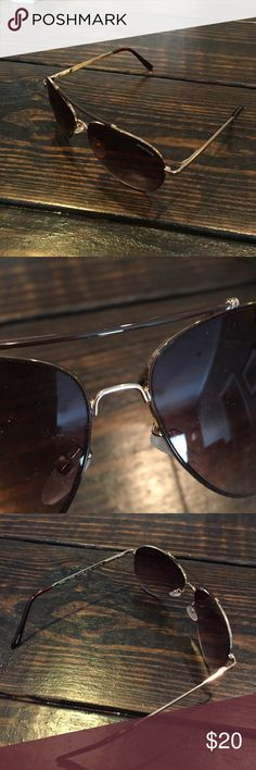 Kenneth Cole Reaction aviators Great condition Kenneth Cole Reaction Accessories Sunglasses