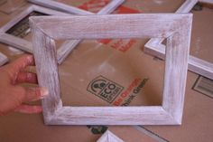 Delighted Momma: diy distressed picture frames once I find the right frame Im doing this! Distressed Picture Frames, Rustic Picture Frames, Craft Tutorials, Diy Projects, Photo Craft, Diy Frame, Crafty Craft, How To Distress Wood, Diy Wall Decor
