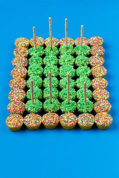 For all the footie fans our there! 😋😊🏉 Link to recipe in our bio Fairy Bread, Fans, How To Make, Recipes, Recipies, Recipe