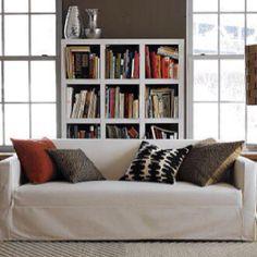 White Living Room Set, Living Room Sets, Black And White Pillows, White Sofas, Brown Sofa, Brown Walls, Pillow Arrangement, Interior Inspiration, Design Inspiration