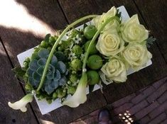 Contemporary floral piece with roses, callas, succulents Arte Floral, Deco Floral, Floral Design, Contemporary Flower Arrangements, White Flower Arrangements, Floral Centerpieces, Fresh Flowers, White Flowers, Beautiful Flowers