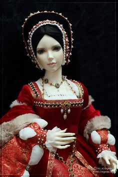 Historical Accuracy Reincarnated - tudorcostume: Tudor Red Gown