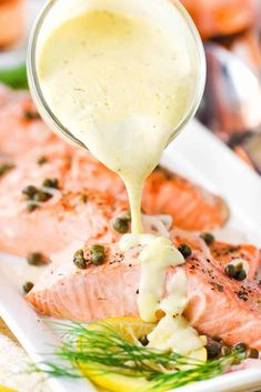 Poached salmon with hollandaise sauce being poured on top Top Recipes, Salmon Recipes, Sauce Recipes, Fish Recipes, Seafood Recipes, Cooking Recipes, Cooking Fish, Cooking Salmon, Hollendaise Sauce