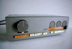 Love the design of this QUAD amp.