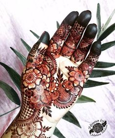 24 hours henna stain After care : coconut oil applied soon after henna paste removal For Appointments in Dubai / Sharjah / Ras al Khaimah call or Whatsapp