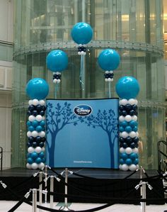 Balloon columns with Balloon Display, Balloon Backdrop, Balloon Columns, Balloons And More, Big Balloons, Wedding Balloons, Love Balloon, Balloon Tree, Balloon Ideas
