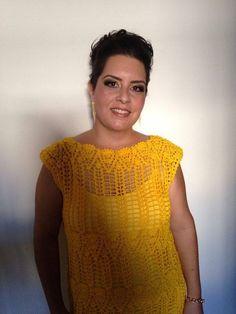 Vestido de Croche feito com Linha Anne 100% algodão, forro de elastano. Manequim  42 R$ 280,00