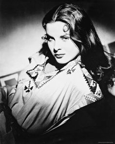 JEAN PETERS -- Two of the few radio shows Peters starred in were -- Family Theater 52-05-07 Grnius from Hoboken -- Lux Radio Theater 54-01-04 The Day The Earth Stood Still -- www.originaloldradio.com