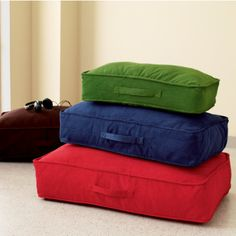 Love these colorful floor cushions for kids bedrooms, playrooms, family rooms etc.