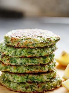 CRISPY BROCCOLI PARMESAN FRITTERS http://recipes-only.com/crispy-broccoli-parmesan-fritters/