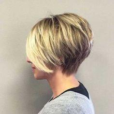 Layered Short Hair Chic Short Haircuts For Women Over 50 - Frisuren feines haar - Cheveux Thin Hair Cuts, Bobs For Thin Hair, Short Hair With Layers, Short Hair Cuts For Women, Thick Hair, Short Cuts, Straight Hair, Blonde Layers, Bob Haircut For Fine Hair