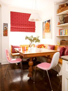 hmmm, there's a corner of the living room/dining room we could totally do this with for more space...