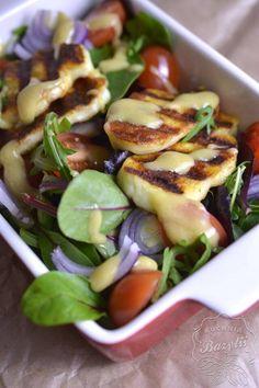 Sałatka z serem halloumi - przepis na lekką sałatkę Halloumi, Salad Recipes, Healthy Recipes, South Beach Diet, Love Food, Food Inspiration, Potato Salad, Grilling, Food And Drink