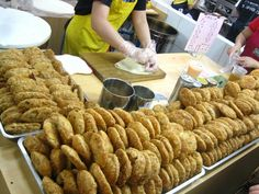 """Bun n in a Bun or Dabing Bao Xiaobing (大饼包小饼)is one of the most popular snacks in Taipei's Shilin night market. A crispy bun, the 'xiao bing."""" is wrapped by a flour tortilla, which is the 'da bing"""". Various flavors, of both sweet and salt are served."""