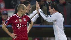 Banh 88 Trang Tổng Hợp Nhận Định & Soi Kèo Nhà Cái - Banh88.info(www.banh88.info)- Trang tổng hợp Điểm Tin Bóng Đá đầy đủ hàng đầu VN Gareth Bale đã được Man United theo đuổi từ khá lâu. Sau thất bại trong trận tranh Siêu cúp châu ÂuQuỷ đỏ dường như đã dừng mọi hoạt động lôi kéo tiền vệ người xứ Wales. Tuy nhiên khả năng Bale cập bến sân Old Trafford vẫn còn khá cao.  Man United đang có cơ hội chiêu mộ Bale và Robben.  Cụ thể tờ Daily Mail bất ngờ tiết lộ thông tin gây sốc khẳng định Ronaldo…