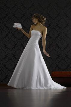 Brautkleid A-Linie, schlanke Optik