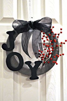 simple yarn wreath with letters