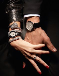 Aesthetic photography couple hands 47 ideas for 2020 Hand Photography, Watches Photography, Couple Photography, Classy Couple, Love Couple, Couple Goals, Lanvin, Couple Hands, Couple Watch