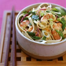 WeightWatchers.com: Weight Watchers Recipe - Chilled Thai Noodle and Shrimp Salad with Peanut Dressing