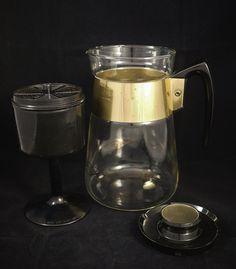 Vintage Corning Glass Six 6 Cups Coffee by KitschyKitschyYAYAYE