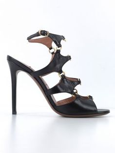 feda13bfabb Οι 330 καλύτερες εικόνες του πίνακα shoes | Designer shoes, Shopping ...