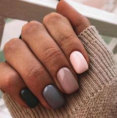 Nägel – Nail Art 4556 – Graue Nägel – – Nageldesign - NailiDeasTrends - Pretty nails - nail for men Grey Nail Art, Gray Nails, Gradient Nails, Dark Green Nails, Nail Art Design Gallery, Best Nail Art Designs, Design Art, Design Ideas, Colorful Nail Designs