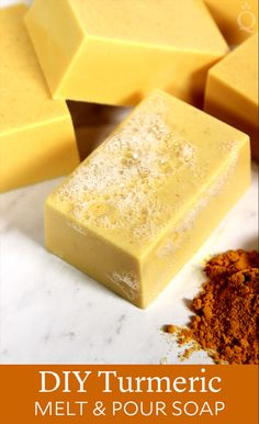 Turmeric soap recipe for brighter and more glamorous skin The base of goat milk soap. This amazing soap includes goat milk that has excellent moisturizing and nourishing effects on the face. Diy Shampoo, Shampoo Bar, Organic Shampoo, Turmeric Soap, Turmeric Recipes, Soap Melt And Pour, Savon Soap, Soap Making Supplies, Homemade Soap Recipes