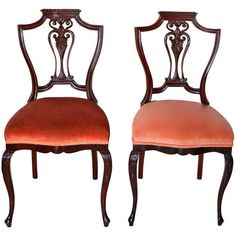 Pre-owned Pair Of Petite Mahogany Salon Chairs ($2,250) ❤ liked on Polyvore featuring home, furniture, chairs, brown, side chairs, brown furniture, pair chairs, second hand chairs, mahogany wood furniture and secondhand furniture