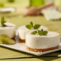 Check out our easy to follow Mojito Mousse Cakes recipe including ingredients, tools and step-by-step instructions.