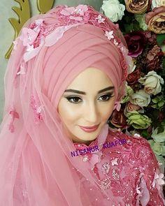 Kına kıyafeti tasarım @modaecrin moda evine aittir
