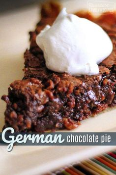 German Chocolate Pie recipe idea comes straight from Amish country. The rich, gooey, chocolate filling it to die for!This German Chocolate Pie recipe idea comes straight from Amish country. The rich, gooey, chocolate filling it to die for! Brownie Desserts, Oreo Dessert, Mini Desserts, Just Desserts, Delicious Desserts, Yummy Food, Dessert Food, Party Desserts, German Chocolate Pies
