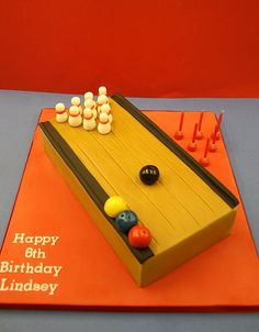 Ten Pin Bowling Cake | Flickr - Photo Sharing!