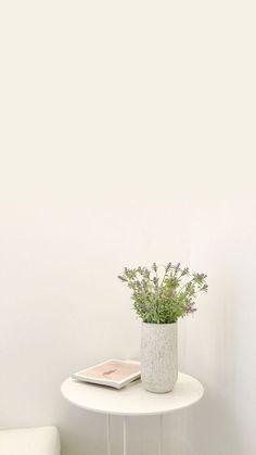 𝙝𝙤𝙗𝙞𝙣𝙩𝙤 — 結 Minimal Wallpaper, Soft Wallpaper, Aesthetic Pastel Wallpaper, Aesthetic Backgrounds, Wallpaper Backgrounds, Aesthetic Wallpapers, Watercolor Wallpaper Phone, Plant Wallpaper, Flower Aesthetic