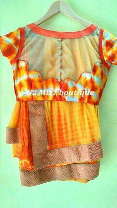 designer look saree blouse Traditional Blouse Designs, Simple Blouse Designs, Stylish Blouse Design, Saree Blouse Neck Designs, Netted Blouse Designs, Designer Blouse Patterns, Couture, Sarees, Style
