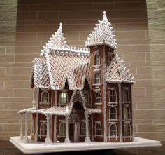 Gingerbread Castle, Gingerbread House Designs, Christmas Gingerbread House, Christmas Treats, Christmas Baking, Gingerbread Cookies, Christmas Cookies, Christmas Decorations, Holiday Decor