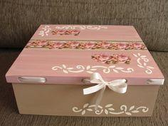 Caixa personalizada com scrapbook Fazemos na cor desejada R$ 50,00