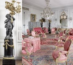 Salon in a french chateau French Decor, French Country Decorating, French Cottage, Cottage Pie, Classic Interior, French Furniture, Beautiful Interiors, French Interiors, Decoration