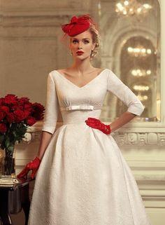 designer hochzeitskleid im 20er jahre stil rot brautmode 2014