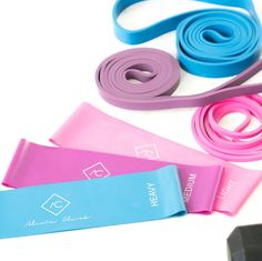 Are You Using The Right Resistance Band For Your Workouts? 10 Best Resistance Bands To Buy In 2018 To Improve Your Workout Best Resistance Bands, Resistance Band Exercises, Arm Exercises, Workout Exercises, Gym Workouts, At Home Workouts, Band Workouts, Stretch Band, Arm Workout With Bands