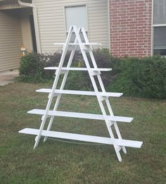 For your MCM ceramic tree display! 6 ft Wooden Ladder - Christmas Village Display - Craft Show Display - Portable Display - Display Stand - Trade Show Display - Wooden Shelves Rustic Bookshelf, Rustic Ladder, Wood Ladder, Ladder Decor, Wooden Shelves, Ladder Display, Shelf Display, Display Stands, Display Ideas