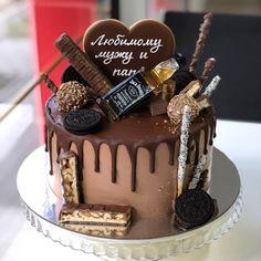 """🎂ТОРТЫ ПРЯНИКИ ПЕЧЕНЬЕ АЛМАТЫ on Instagram: """"удивим вашего любимого мужчину😎 спасибо за заказ ❤ торт безмастичный • на Октябрь-Ноябрь заказывать нужно Сейчас✔ • выбрать…"""" Chocolate Cake Designs, Chocolate Drip Cake, Birthday Cake For Him, Birthday Cakes For Men, Fondant Cakes, Cupcake Cakes, Chocolate Birthday Cake Decoration, Cake Truffles, Cake Servings"""