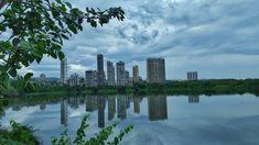 Looking at the city through a camera lens. Navi Mumbai is the subject this time on Ieclectica Navi Mumbai, Arabian Sea, International Airport, Camera Lens, Prison, Paths, New York Skyline, Planets, Sailing
